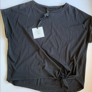 NWT AGNES & DORA Afternoon Tee, Solid Blk, L